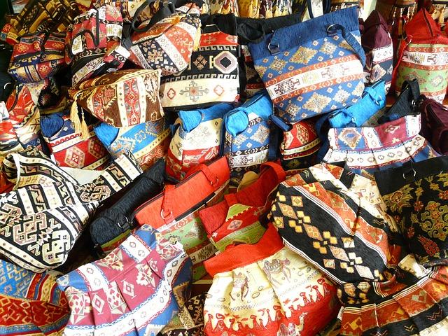 barevné kabelky