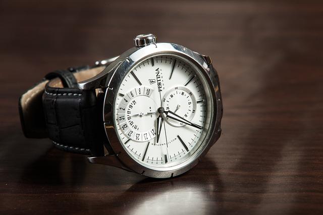pánské hodinky, černý pásek