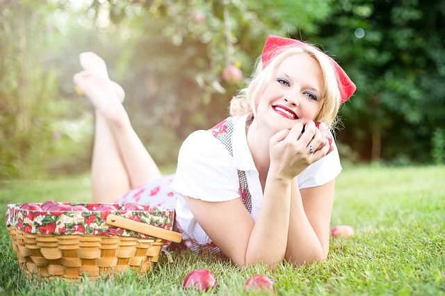 žena, košík, jablka